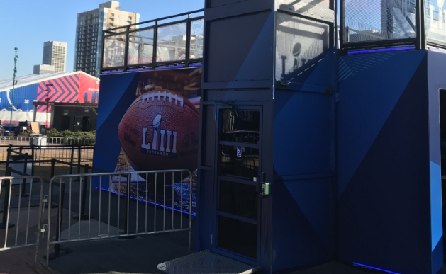 temporary ADA lift for an event